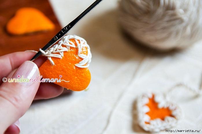 Апельсиновые сердечки с обвязкой крючком. Идея для декора подарка (7) (700x466, 187Kb)
