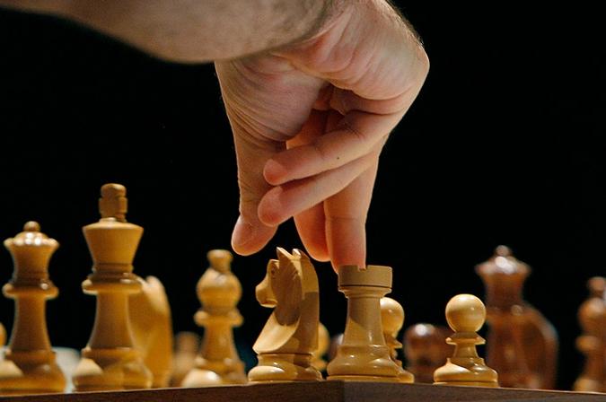 шахматы фото/1390802993_shahmatuy_foto (675x448, 172Kb)