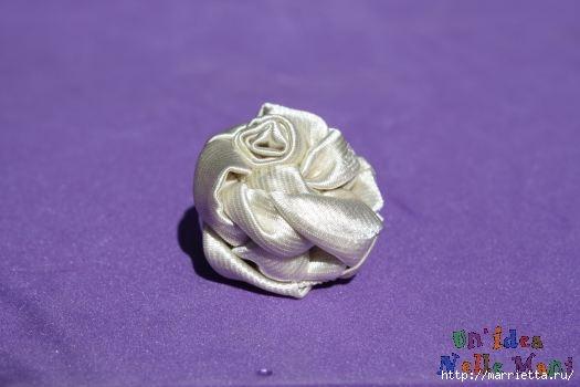 Как украсить свадебный фотоальбом. Розочки из ленточек крючком (9) (525x350, 65Kb)
