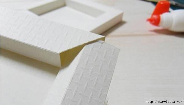 Из картона. Объемная двойная рамка для фото своими руками (7) (600x342, 70Kb)