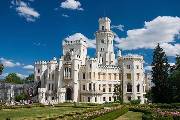3. Чехия. Средневековый замок (700x465, 247Kb)