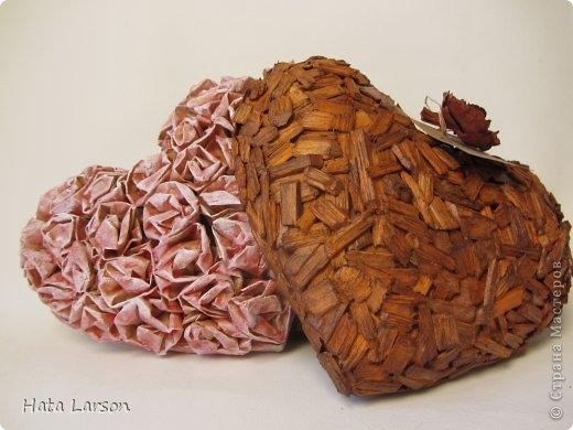 Валентинки из прищепки и бумажных розочек со свечной обработкой (1) (520x390, 110Kb)