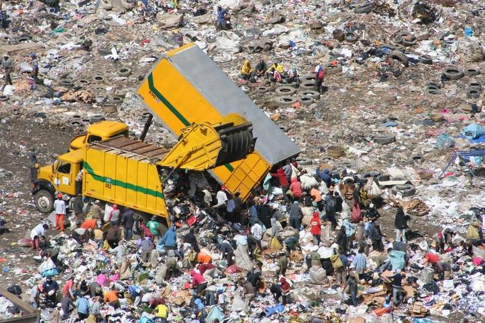 мусорная свалка в гватемале фото (700x466, 512Kb)