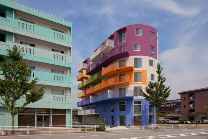 разноцветный дом фото (680x453, 194Kb)