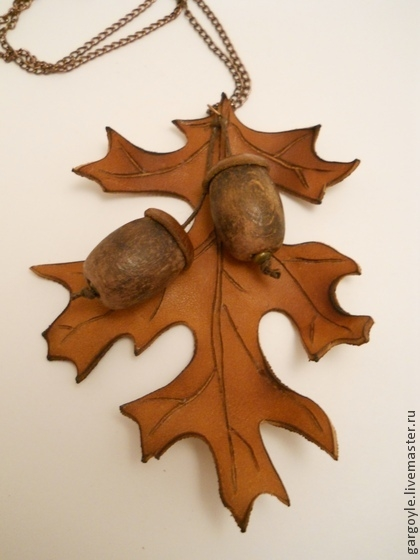 дубовый лист из кожи (2) (420x560, 171Kb)