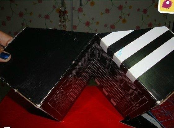 RlB1TO5e9YU (561x414, 112Kb)