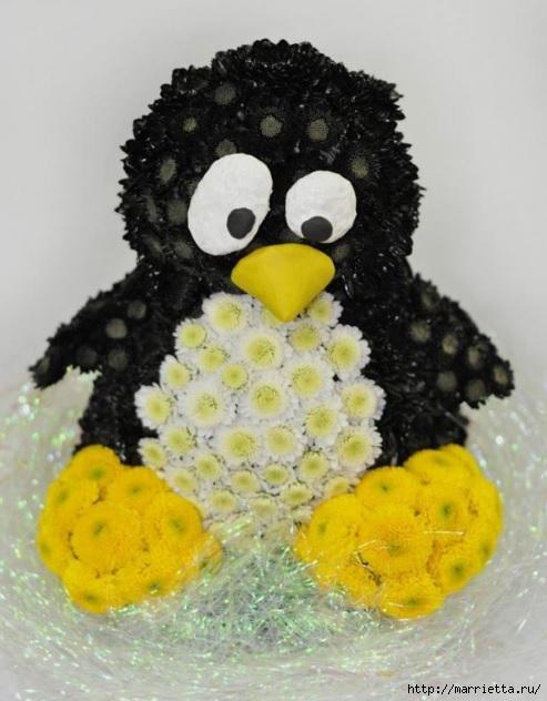 Los juguetes hechos de flores.  Pingüino de crisantemo (9) (493x632, 160Kb)