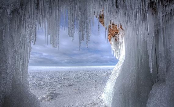 ледяная пещера фото 3 (570x351, 152Kb)