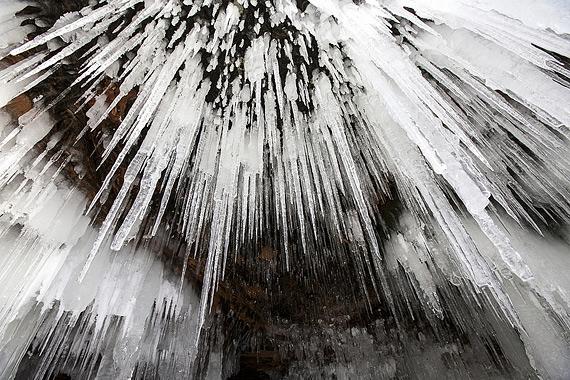 ледяная пещера фото 5 (570x380, 256Kb)