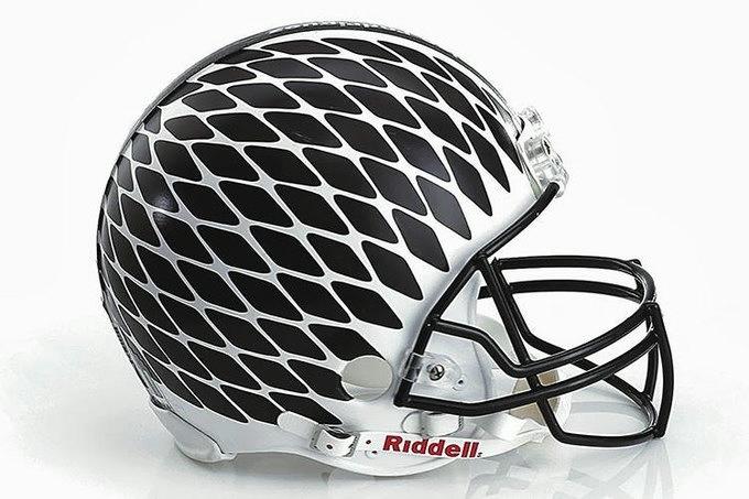 шлемы на суперкубок сша 3 (680x453, 150Kb)