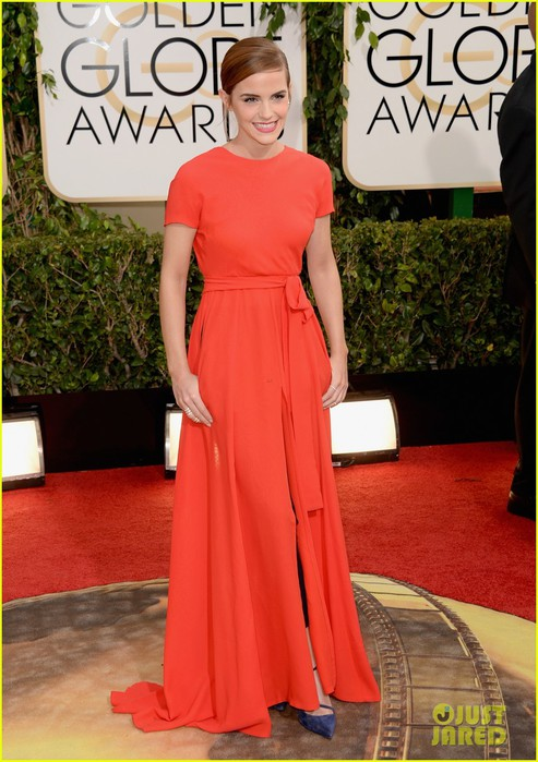 emma-watson-golden-globes-2014-red-carpet-03 (493x700, 99Kb)
