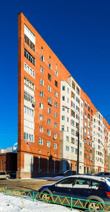 узкий дом в нижнем новгороде фото (364x700, 314Kb)