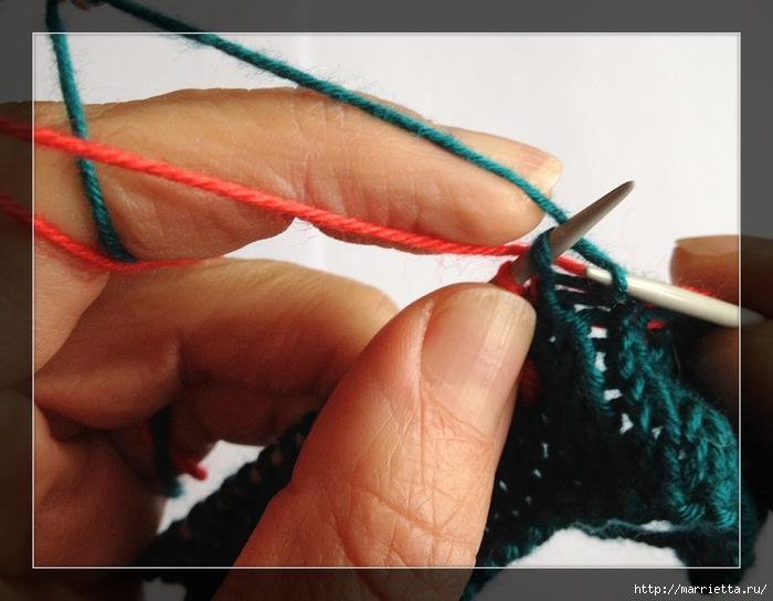 Интересное приспособление для вязания спицами жаккарда (7) (700x544, 236Kb)