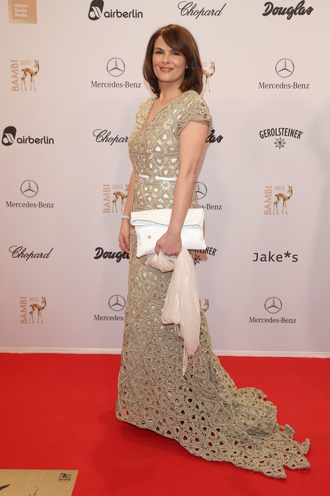Barbara+Auer+BAMBI+Awards+2012+Red+Carpet+2wF7rob_tKXx (466x700, 86Kb)