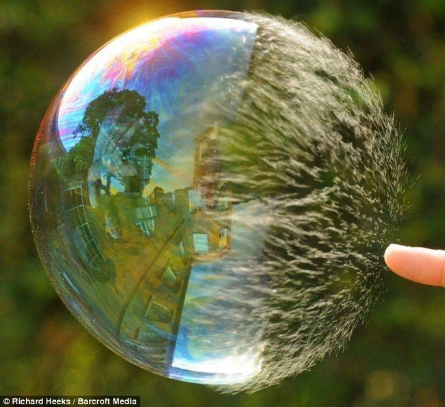 как лопается мыльный пузырь1 (650x595, 202Kb)