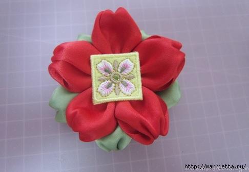 цветочки из ленточек для заколки (11) (486x337, 77Kb)