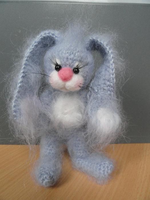 Кролик серенький.