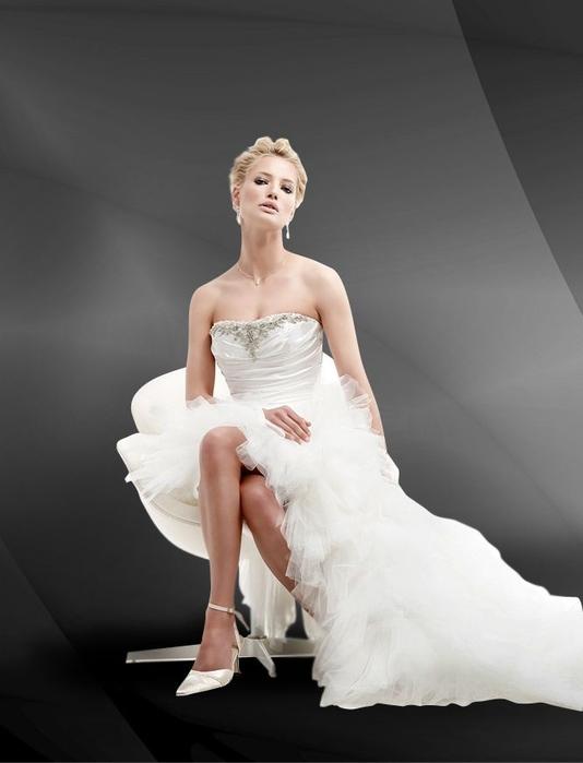 Свадебный салон в СПб со страстным итальянским духом (2) (534x700, 121Kb)