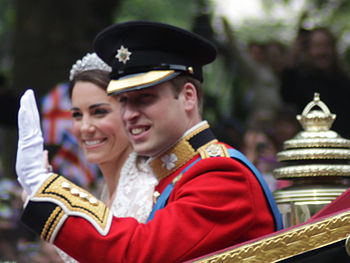 350px-All_smiles_Wedding_of_Prince_William_of_Wales_and_Kate_Middleton (350x263, 26Kb)