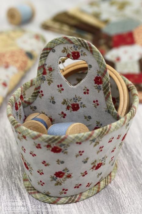 Кадочка и корзинка для рукоделия. Замечательные поделки из ткани (7) (466x700, 242Kb)