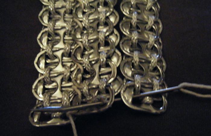 Стильные сумочки из баночных ключей (23) (700x451, 499Kb)