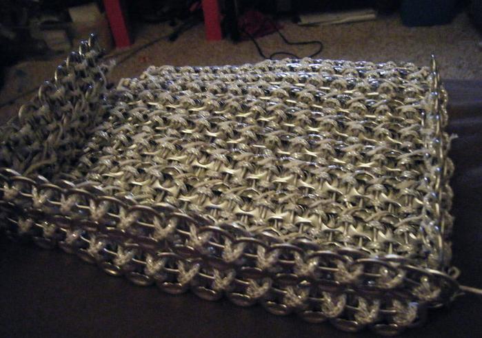 Стильные сумочки из баночных ключей (31) (700x491, 598Kb)