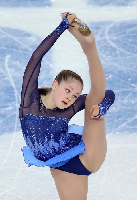 golaya-figuristka-lipnitskaya
