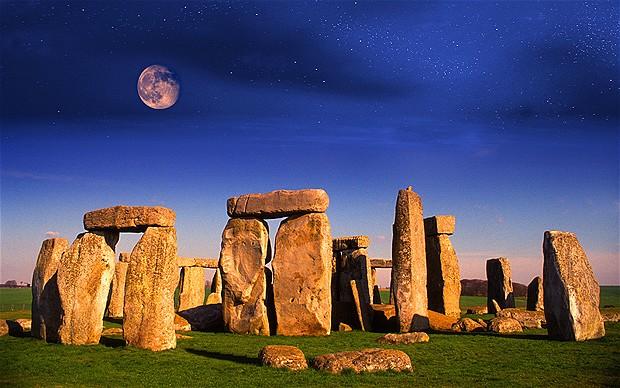 3937404_Stonehenge_2066365b (620x388, 109Kb)