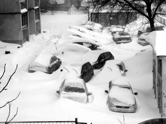 snow-apocalypse-rostov-region-russia-13 (550x412, 37Kb)