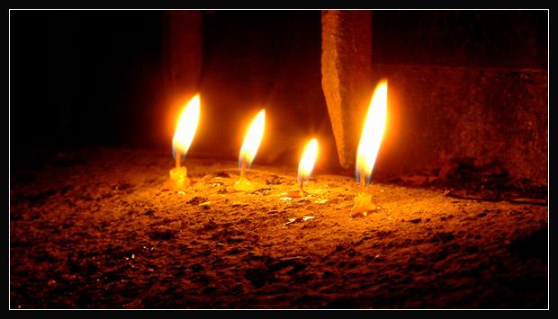 4 свечи (620x355, 67Kb)