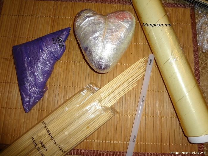 Моя золотая Валентинка. Пустотелое сердце из шашлычных палочек (1) (700x525, 325Kb)