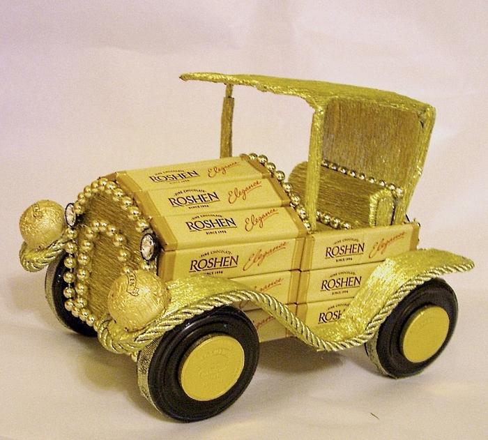 машина из конфет (1) (700x631, 363Kb)