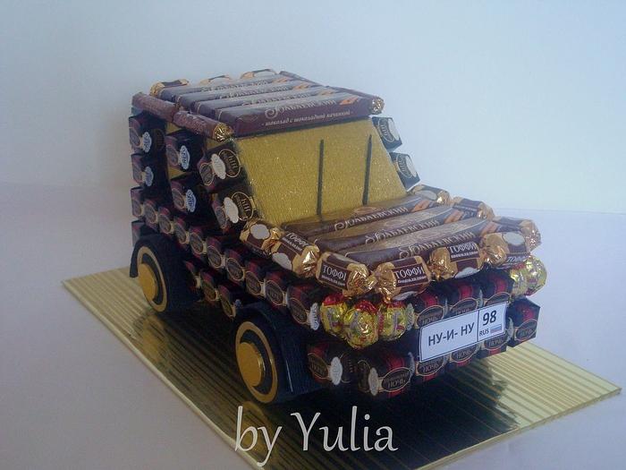 машина из конфет (8) (700x525, 265Kb)