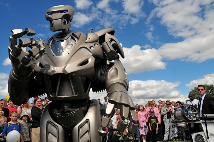 робот титан фото 2 (700x464, 245Kb)