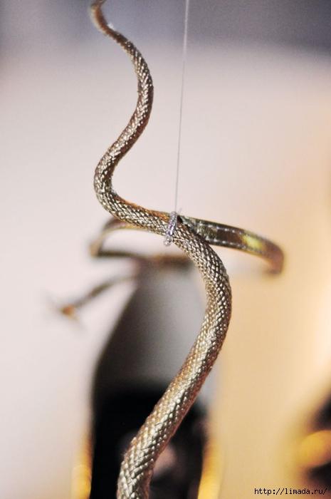 DIY-Gold-Snake-Serpent-Shoes-9 (465x700, 162Kb)