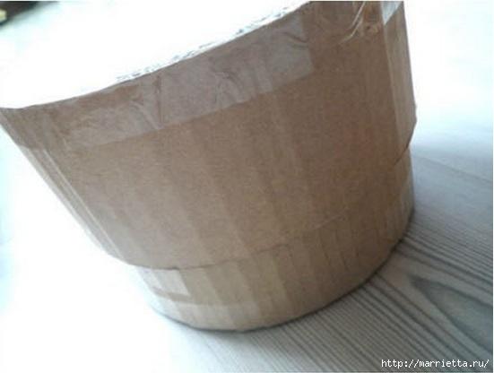 Из картона. Круглая коробочка для рукоделия (3) (551x416, 81Kb)