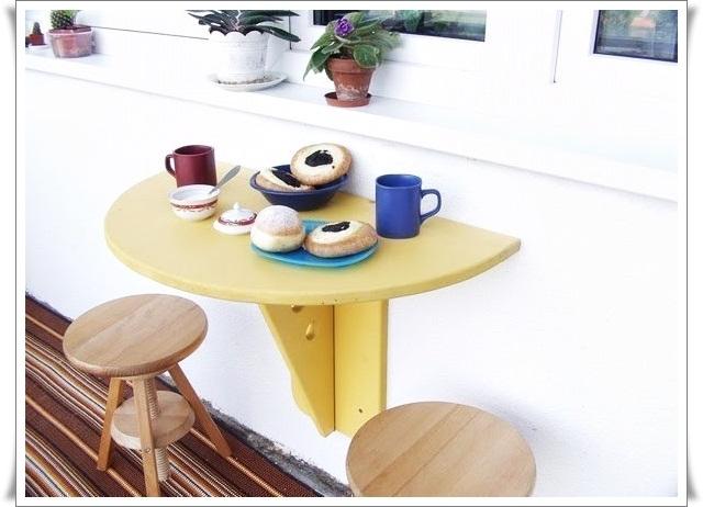Откидной столик на балкон - купить или сделать самому?.