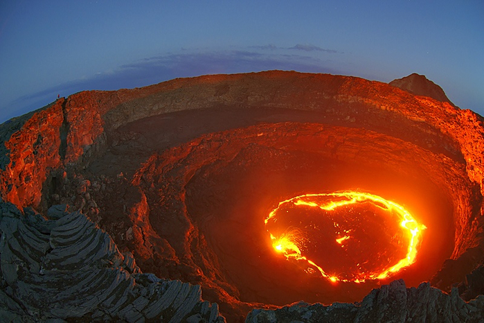 действующий вулкан фото 4 (700x466, 373Kb)