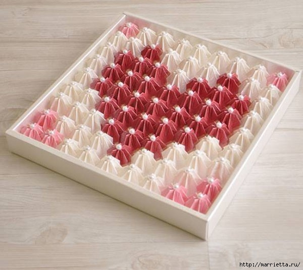 Коробка шоколадок в подарок. Обертка-оригами для конфет  (8) (600x535, 153Kb)