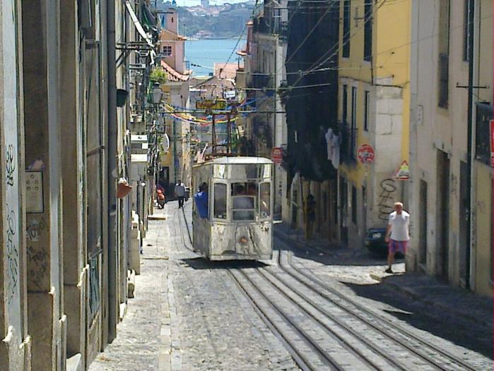 Lissabon (700x526, 437Kb)