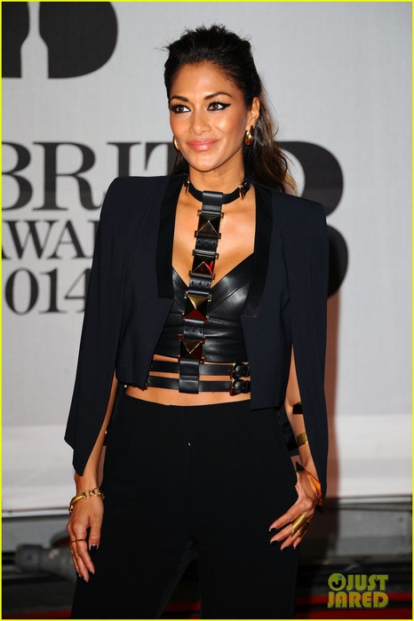 nicole-scherzinger-brit-awards-2014-red-carpet-03 (466x700, 58Kb)
