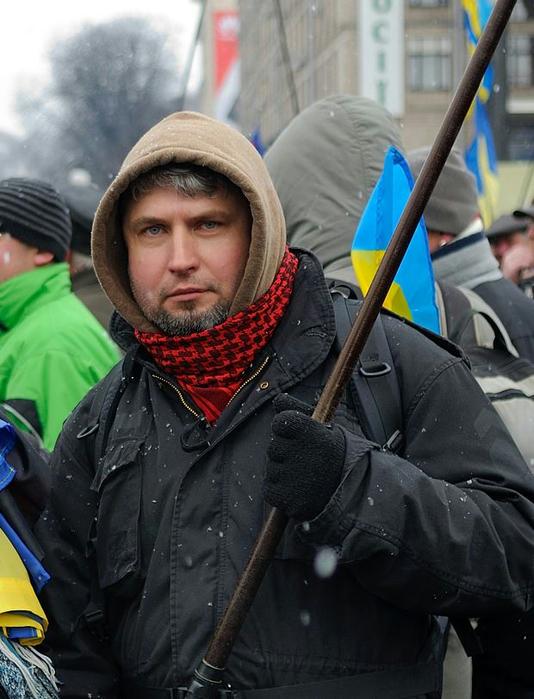 Кременчужанин Ігор Сердюк – активіст столичного Майдану який загинув вчора на вулиці Грушевського від кулі Беркуту. Ігоря, у якого не було зброї, було застрелено під час штурму (534x700, 341Kb)