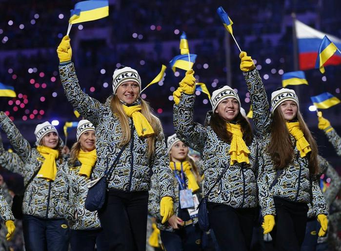 Украинская делегация спортсменов покинула Сочи и не будет выступать на Олимпиаде (700x515, 453Kb)