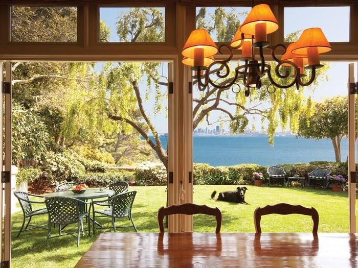 Роскошный домик на острове Бельведер (4) (700x525, 348Kb)