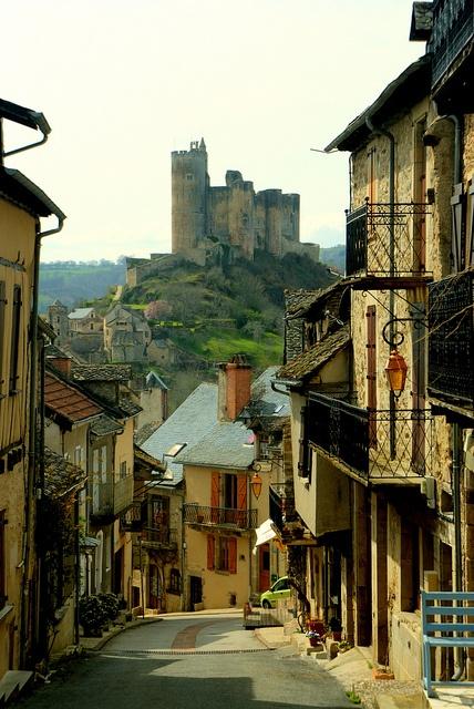 Castle Village, Najac, France (428x640, 365Kb)