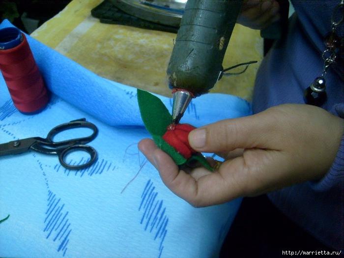 Валентинка с розочками из фетра. Шаблон сердца и мастер-класс (13) (700x525, 258Kb)