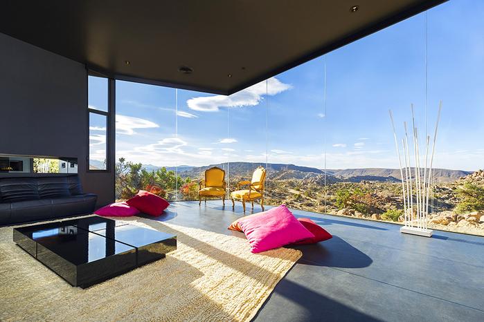 современный дом в пустыне фото 9 (700x466, 405Kb)