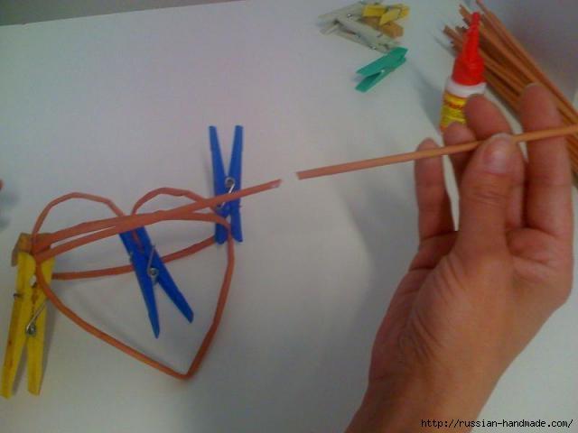 Объемное сердце из газетных трубочек и проволоки. Мастер-класс (10) (640x480, 91Kb)
