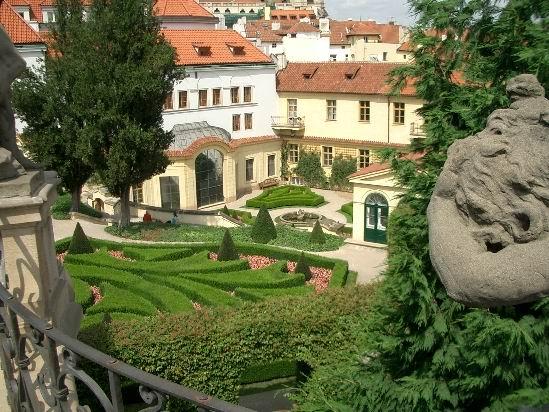 сад Прага 13 (549x412, 297Kb)