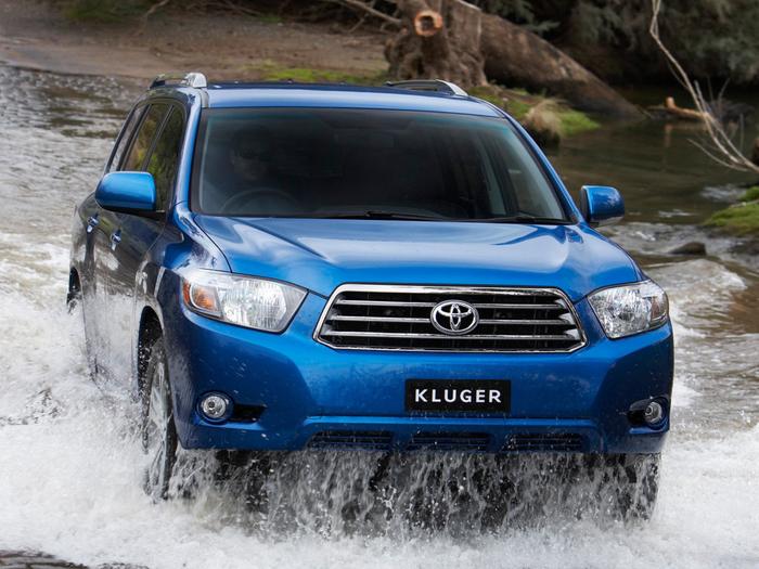 avtomobili+Toyota+tojota+klyuger+58660712760 (700x525, 412Kb)